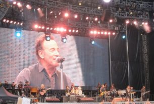 bruce springsteen the e street band 2022